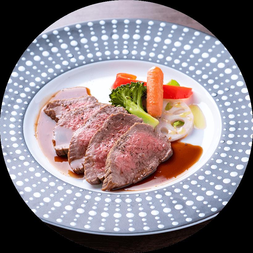 和牛ローストビーフ ~季節の温野菜を添えて~